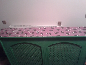 Radiator cover upcycle furniture annie sloan antibes green after