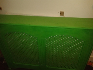 Radiator cover upcycle furniture annie sloan antibes green before after paint